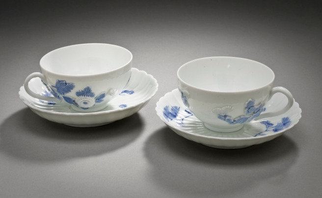 Five_Piece_Tea_Service_with_Chrysanthemum_Design_LACMA_M.2006.132.10a-i